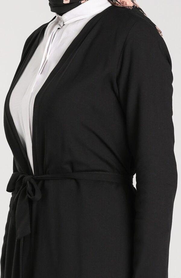 abaya negra sencilla cerca